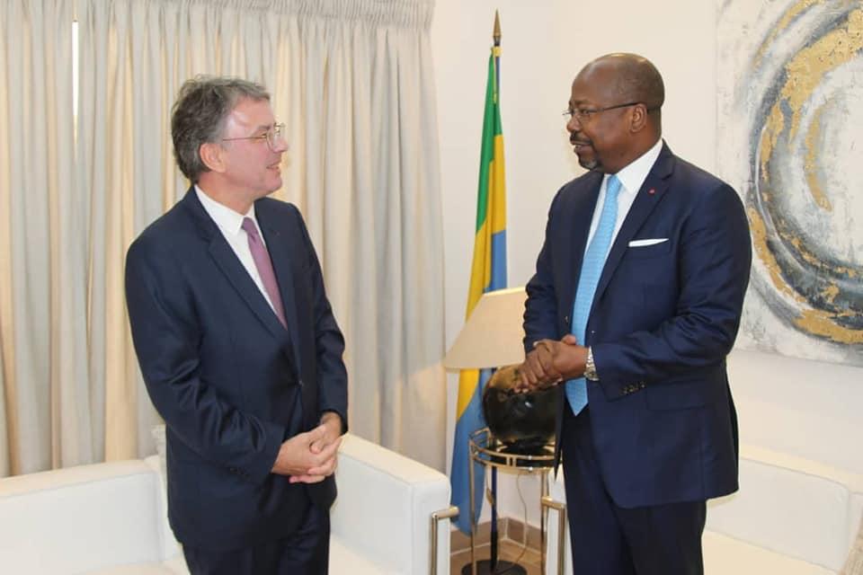 """Covid-19: Le Gabon autorise """"à titre exceptionnel"""" l'opération de certains vols"""