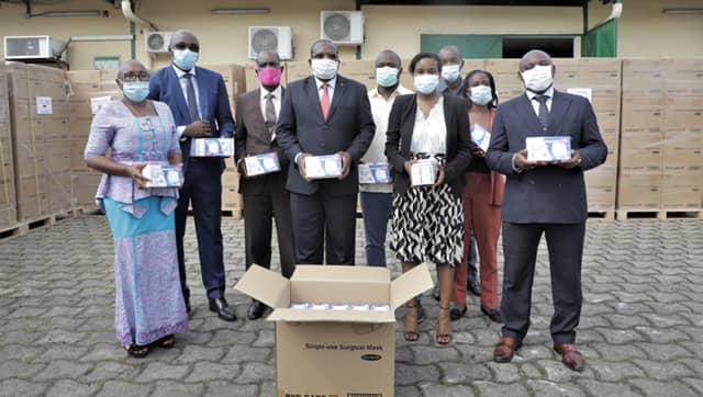 Covid-19: le groupe ARISE fait un don de masques chirurgicaux au Gabon